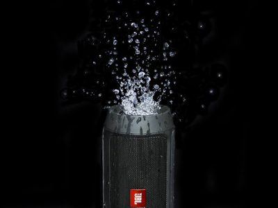 5 Best Waterproof Portable Speakers You Can Buy Today