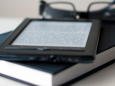 6 Websites That Let You Legally Download E-Books for Free