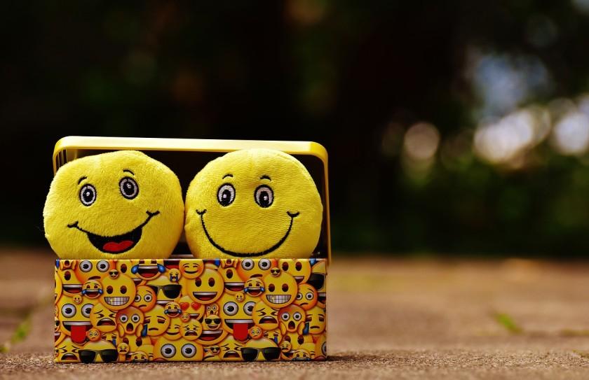 Yellow Emoji Wallpaper
