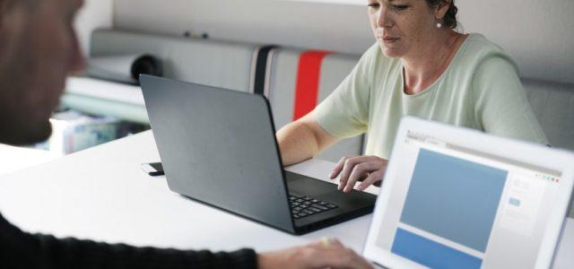 9 best online presentation makers better tech tips