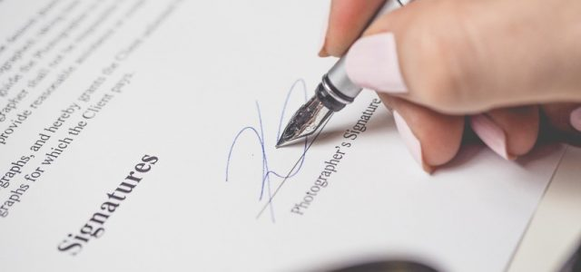 How to Create a Professional Email Signature in Gmail
