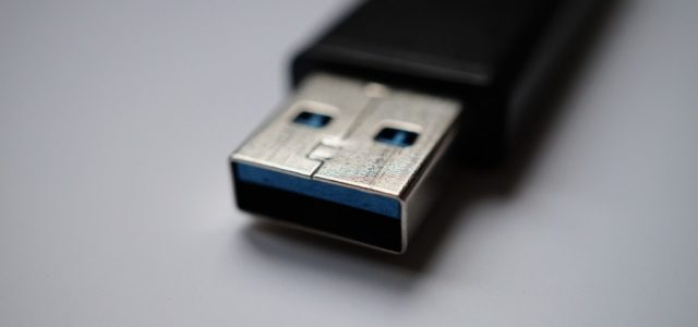 How to Create Windows 10 Bootable USB from ISO File via CMD