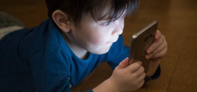 Spyzie is A Feature-rich Parental Control Software